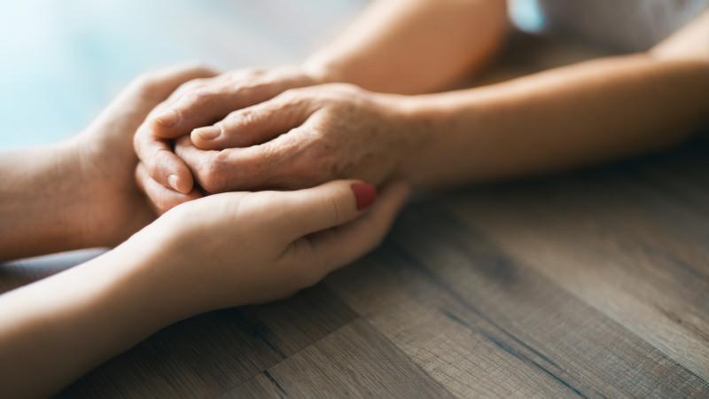 Как распознать рак легких по рукам, рассказали ученые